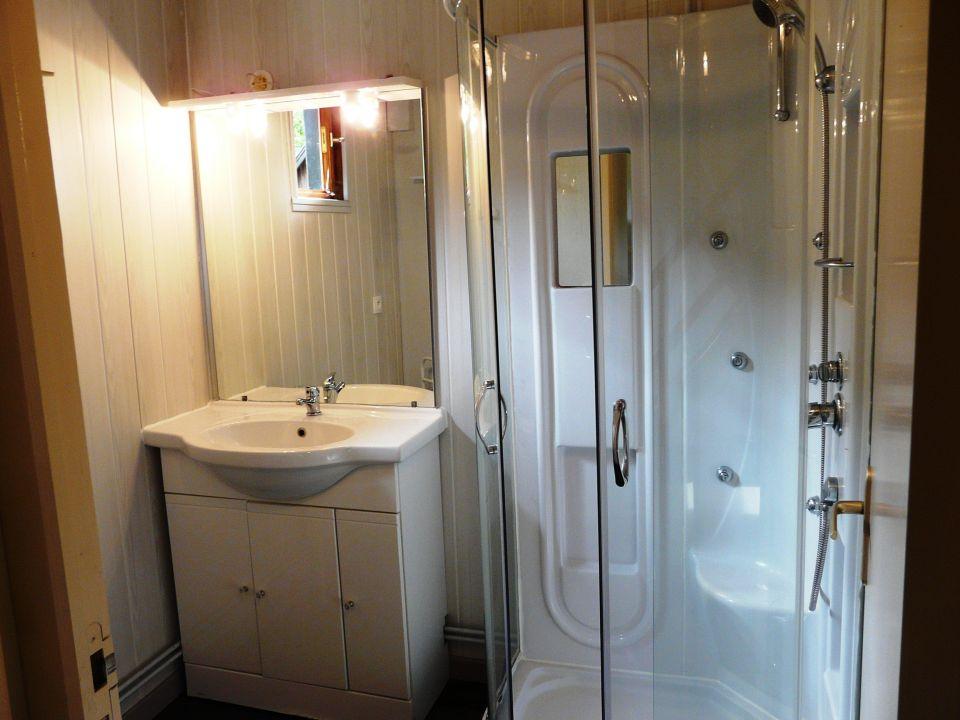 Salle de bain chalet 6 personnes\