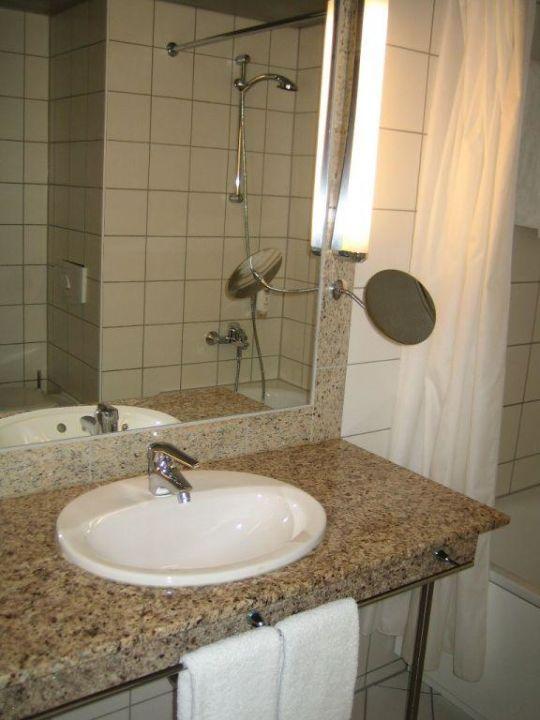 nh heidelberg hotel nh heidelberg heidelberg. Black Bedroom Furniture Sets. Home Design Ideas