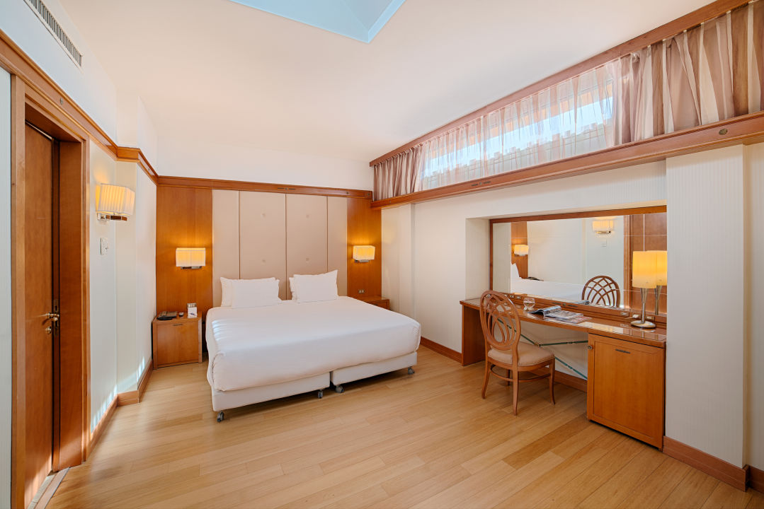 Zimmer NH Pisa