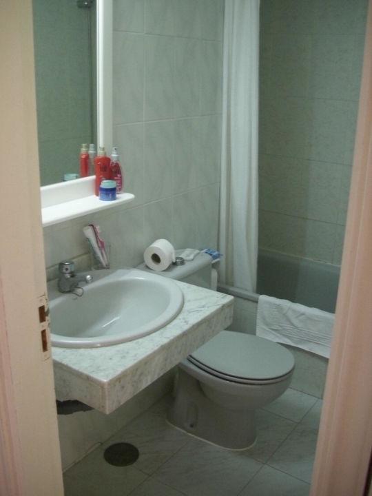 Kleines Bad Mit Badewanne; Ohne Fenster Hotel Bahia Flamingo