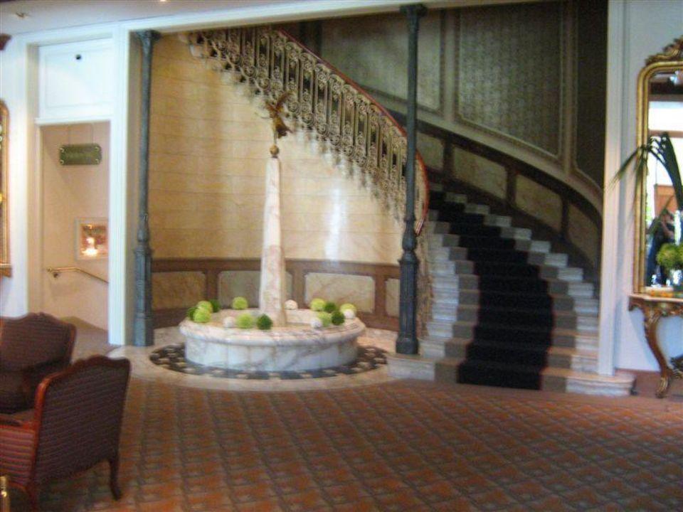 Aufgang zu den Zimmern Victoria-Jungfrau Grand Hotel & Spa