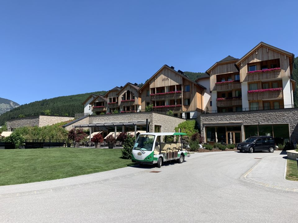 Außenansicht Leading Family Hotel & Resort Dachsteinkönig