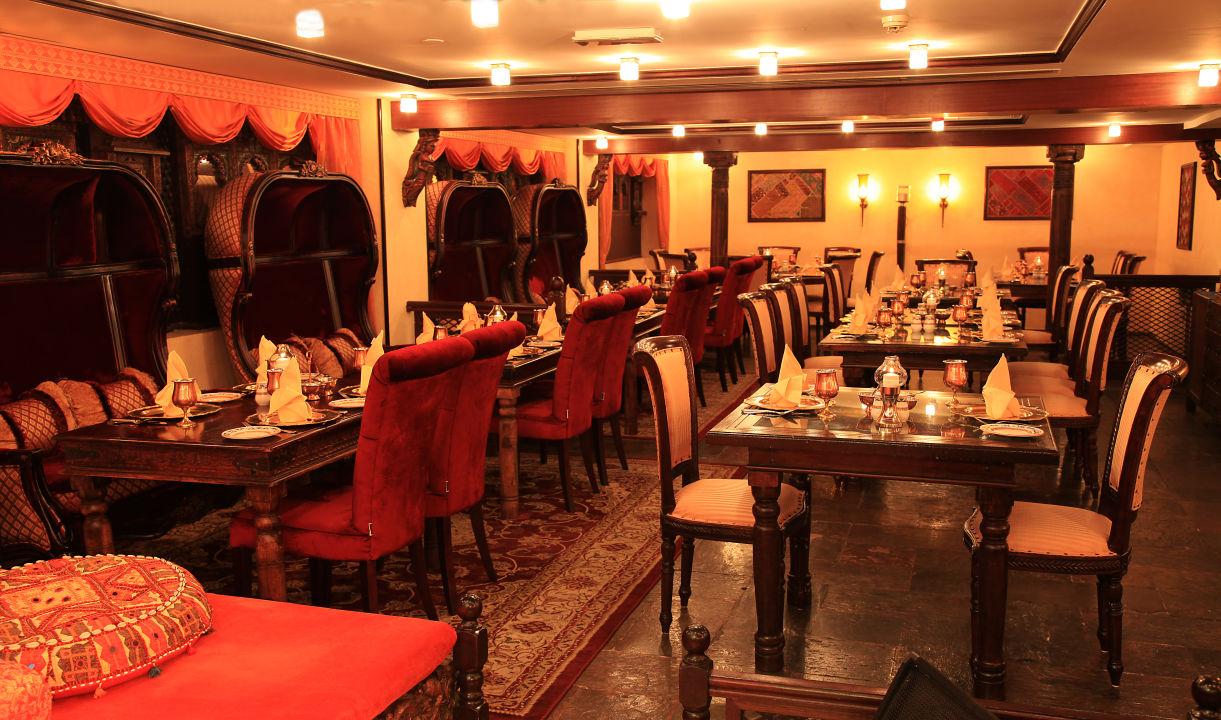 Gastro Arabian Courtyard Hotel & Spa