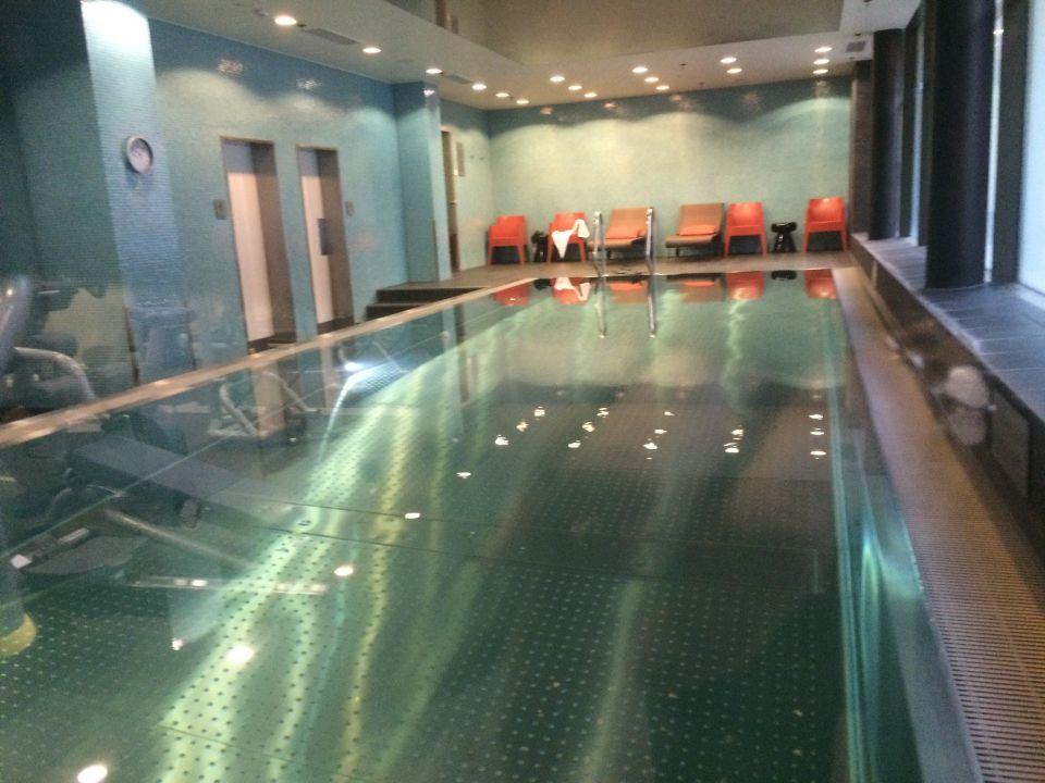 Frankfurt Schwimmbad schwimmbad spa adina apartment hotel frankfurt neue oper