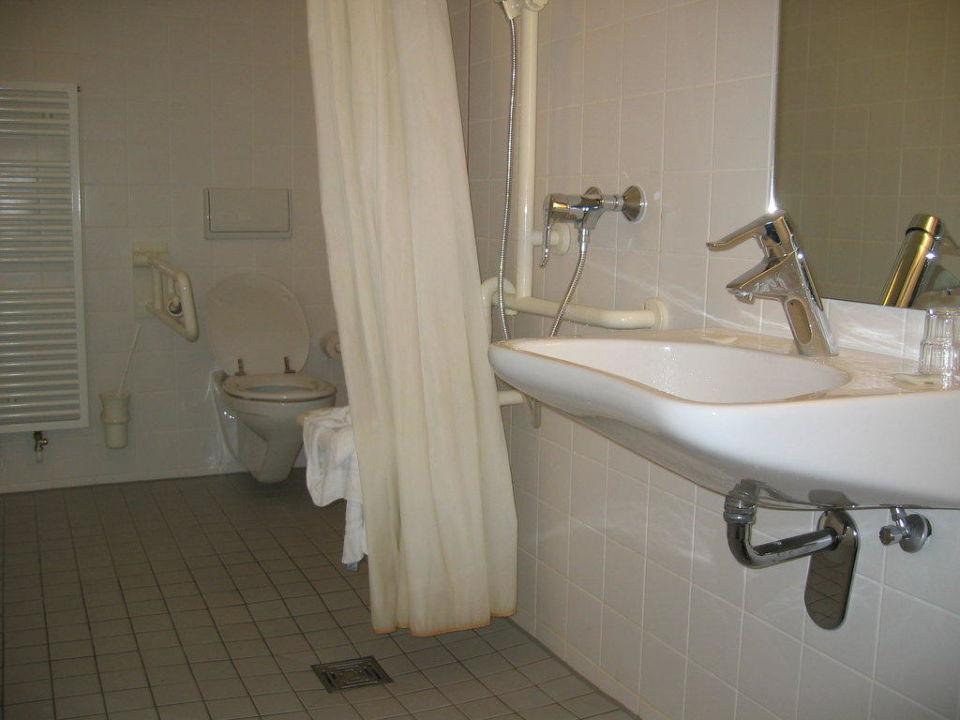 Ibis Budget Dusche Im Zimmer : Rollstuhlgerechtes Zimmer ibis budget Hotel Berlin City Potsdamer