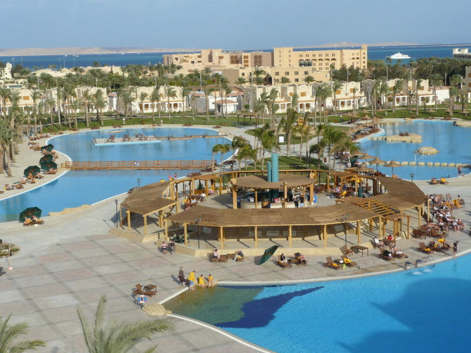 Baseny Royal Lagoons Aqua Park Resort & Spa