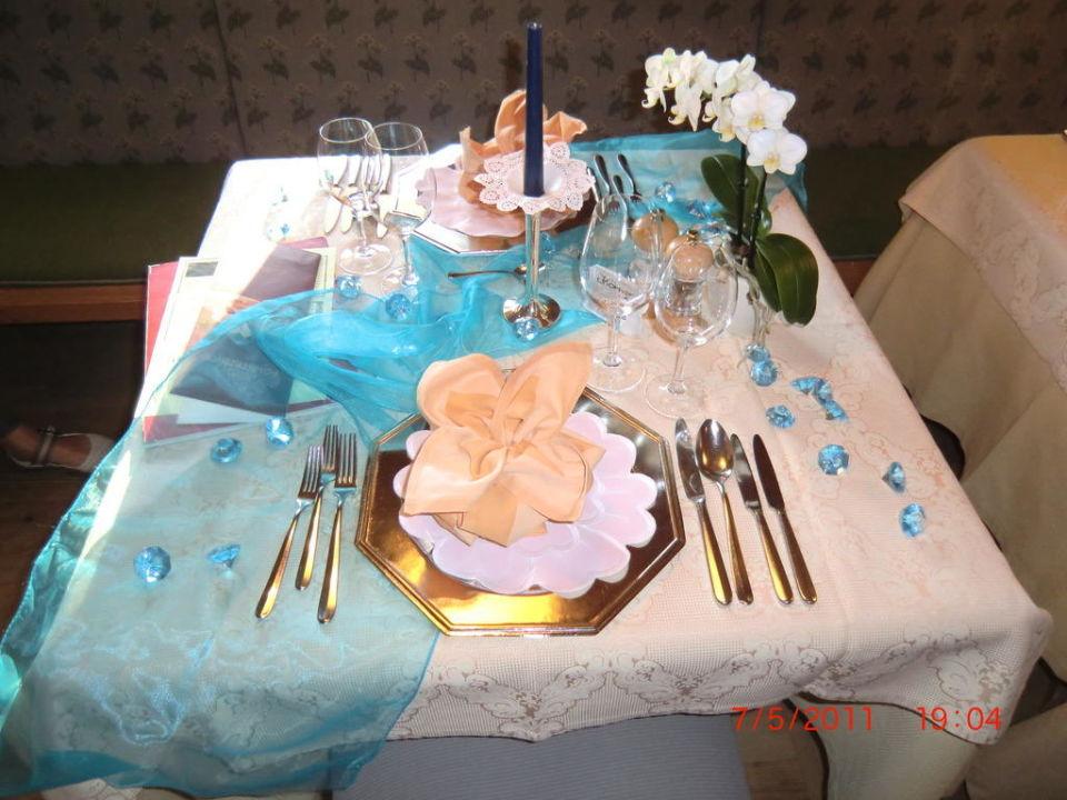 Tischdeko Abendessen Hotel Furstenhof Scena Schenna