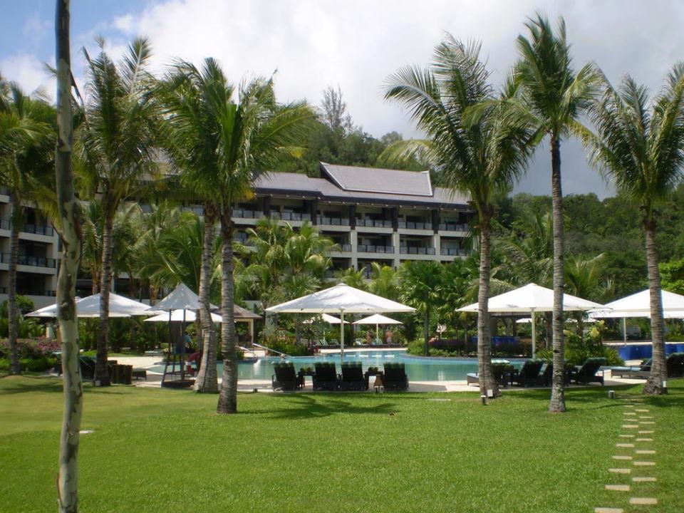 Poolbereich im Ocean Wing Hotel Shangri-La Rasa Ria Resort
