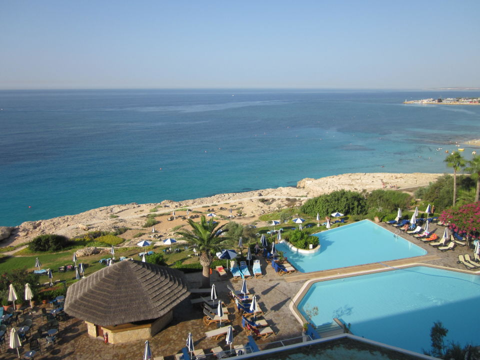 Bild quotausblick vom balkonquot zu hotel club atlantica sun for Katzennetz balkon mit sun garden hotel ayia napa