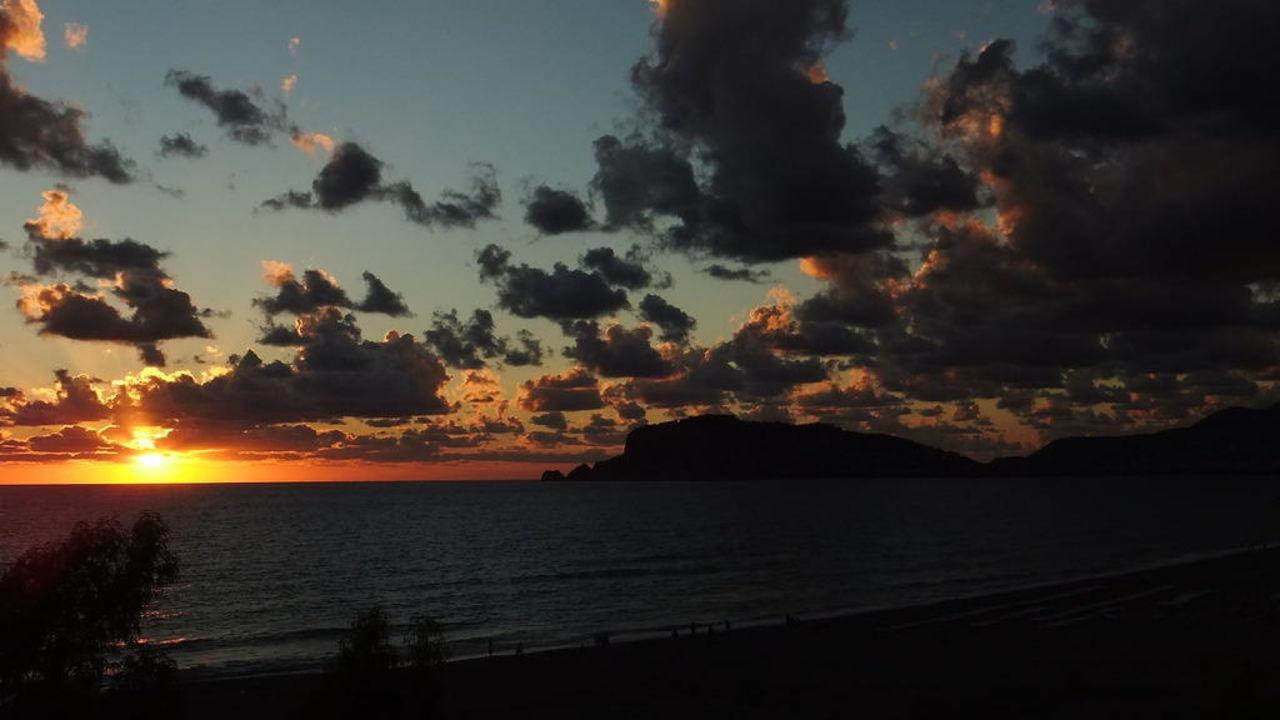 Sonnenuntergang LABRANDA Alantur Resort