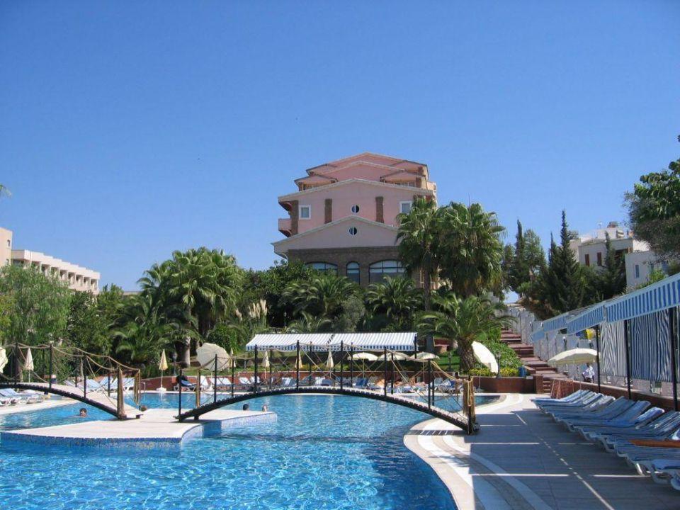 Thalia Beach Resort Zimmer