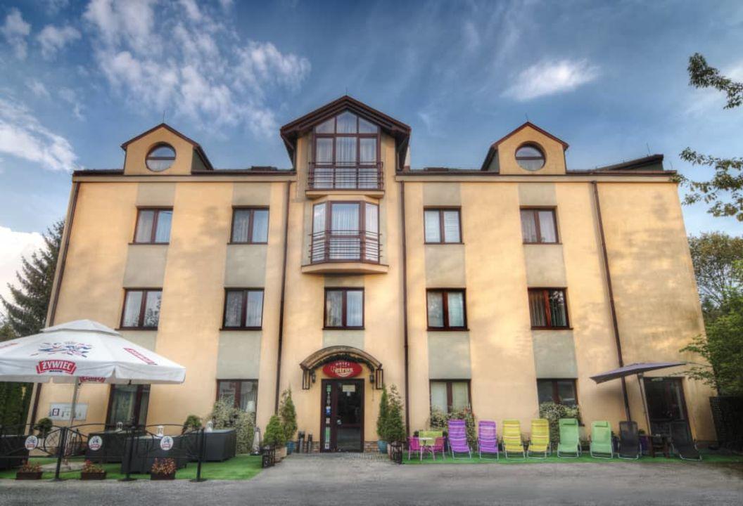 Fasada Budynku Hotel Petrus Krakow Krakau Holidaycheck