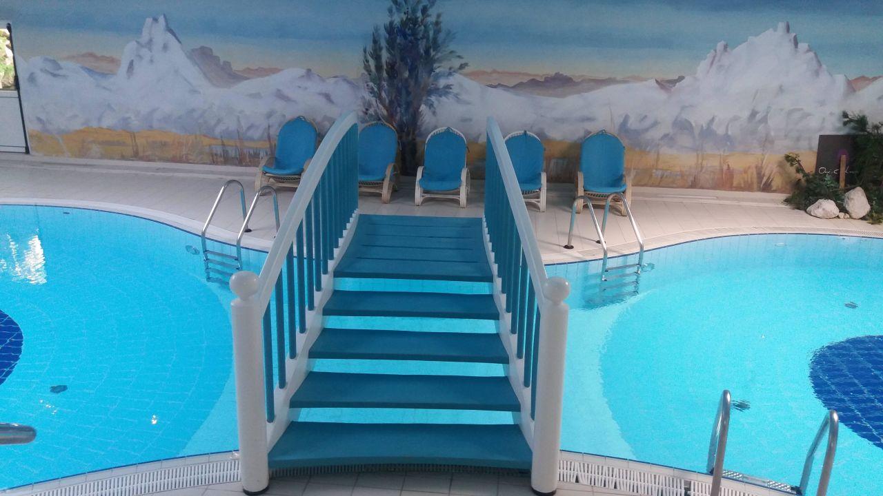 Schwimmbad Im Keller schwimmbad im keller im nebengebäude hotel kreuzbergpass passo