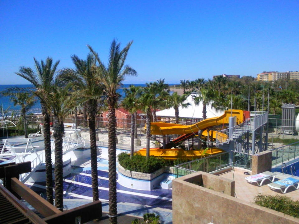 Poolanlage Sealife Buket Resort & Beach