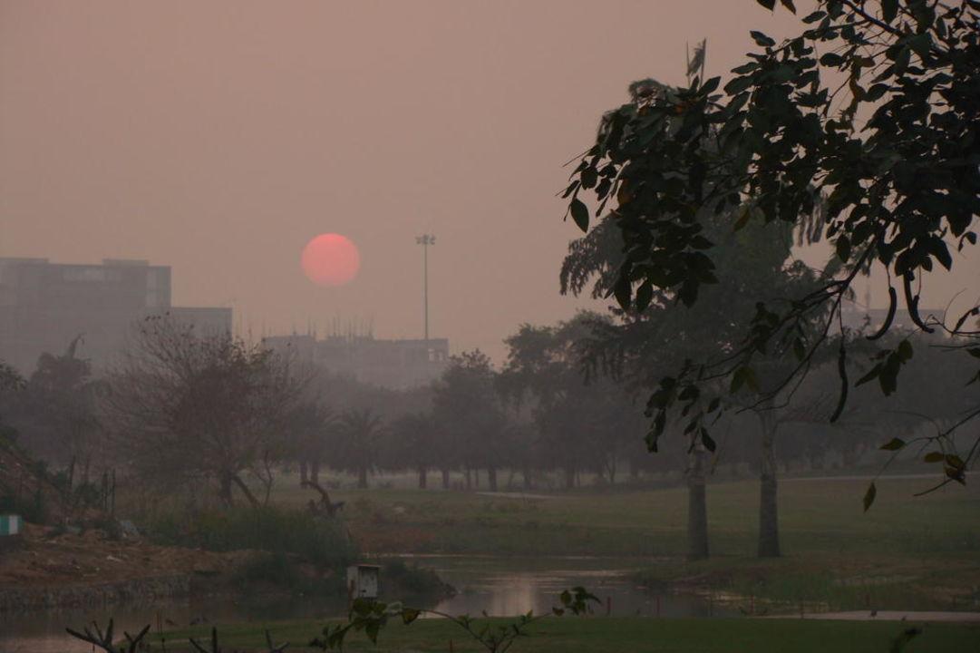 Zachód  Słońca Jaypee Greens Golf & Spa Resort