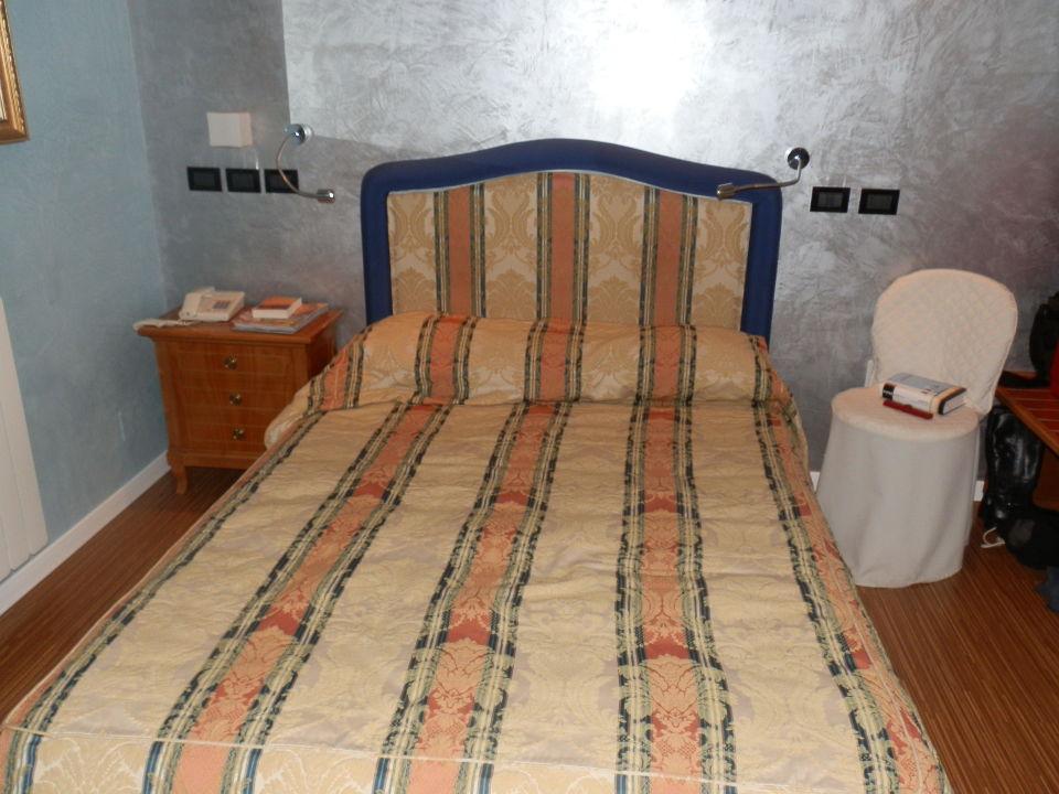 Kleines zimmer hotel regina in grado holidaycheck - Kleines zimmer ...