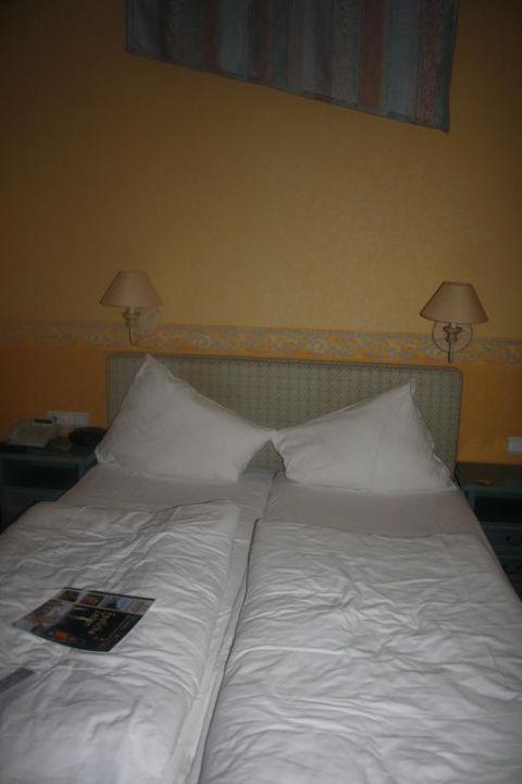 Doppelbett Hotel Burg Staufenberg