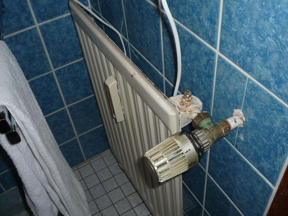 Badezimmer   Heizkörper Hotel Dolce Vita