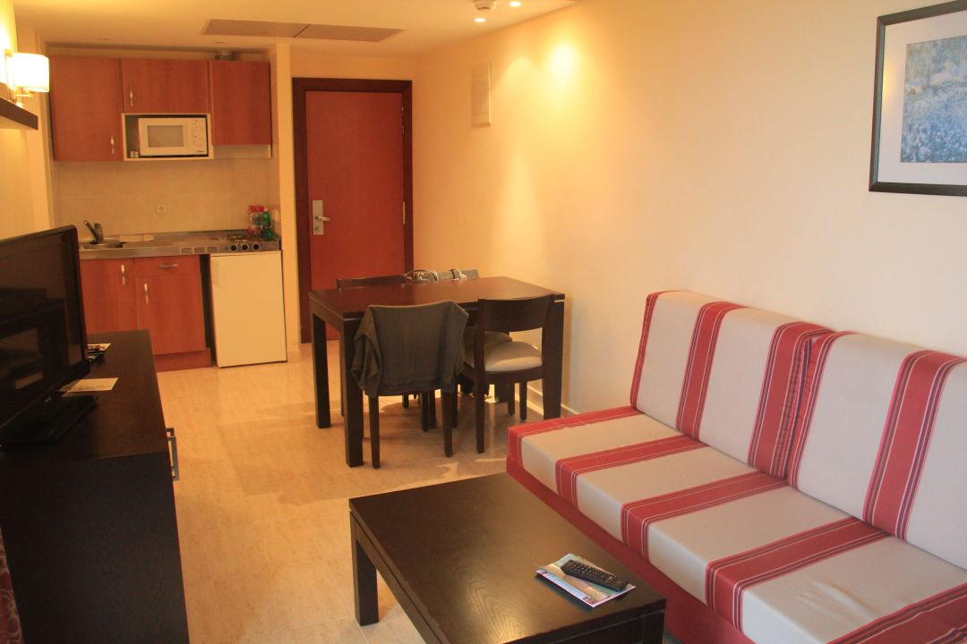 Zimmer 2405 Wohnbereich Allsun Hotel Orient Beach Sa Coma