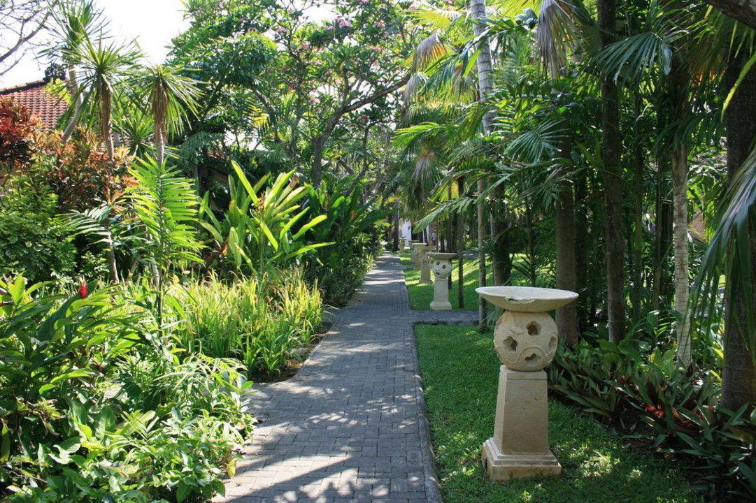 Gartenanlage Hotel Hotel Puri Santrian