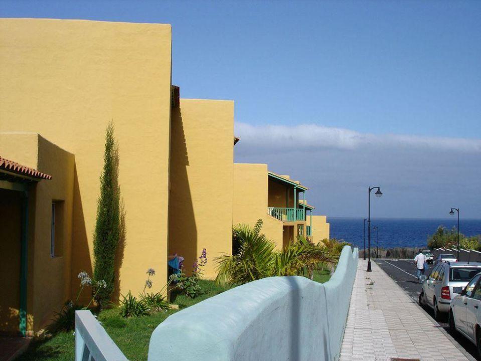 Außenfront Südseite Apartamentos La Caleta