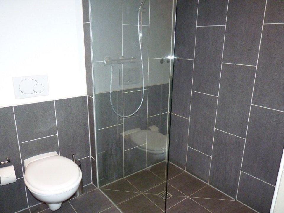 bad dusche factory hotel m nster in m nster. Black Bedroom Furniture Sets. Home Design Ideas
