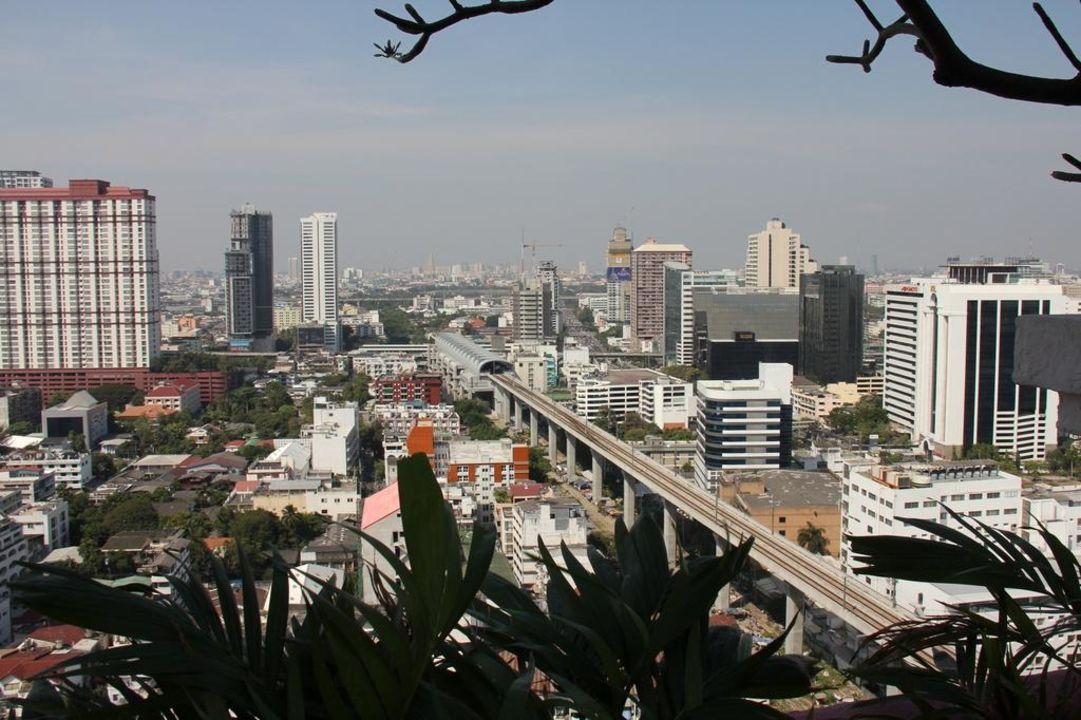 Blick aus dem 73. Stock Hotel Baiyoke Sky