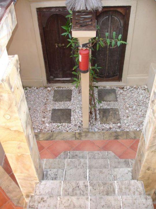 Badeingang im Erdgeschoß Hotel Vila Ombak