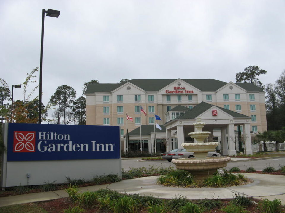 hilton garden inn tallahassee central hotel hilton. Black Bedroom Furniture Sets. Home Design Ideas