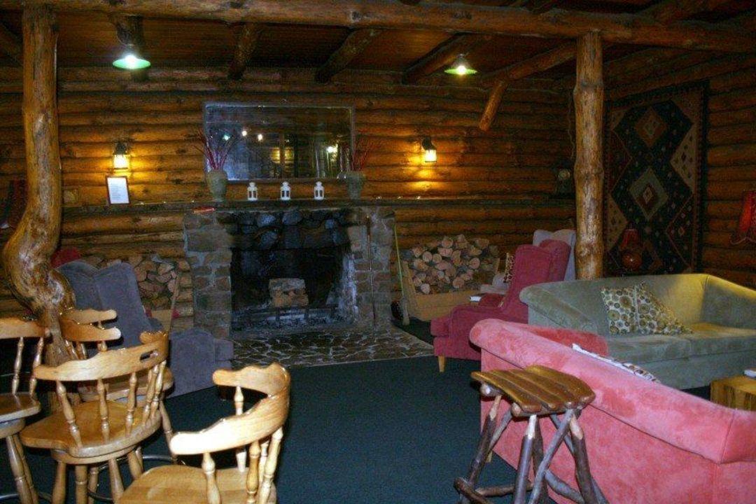 Bar mit gemütlicher Sitzecke Hotel Lemonthyme Lodge