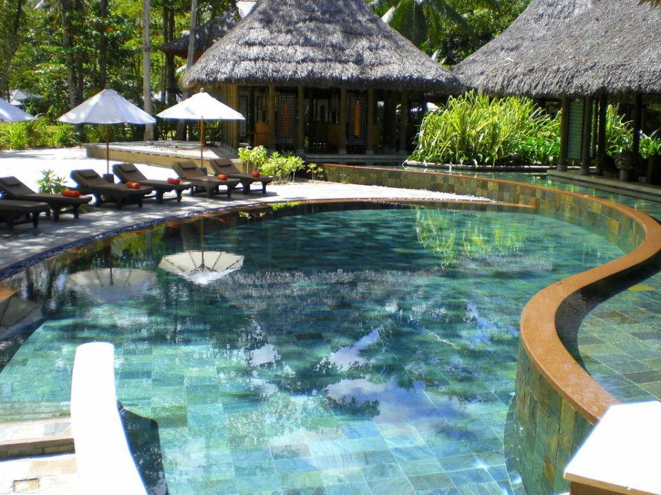 Kleiner Pool Vor Cyann Restaurant Constance Ephelia Port Glaud