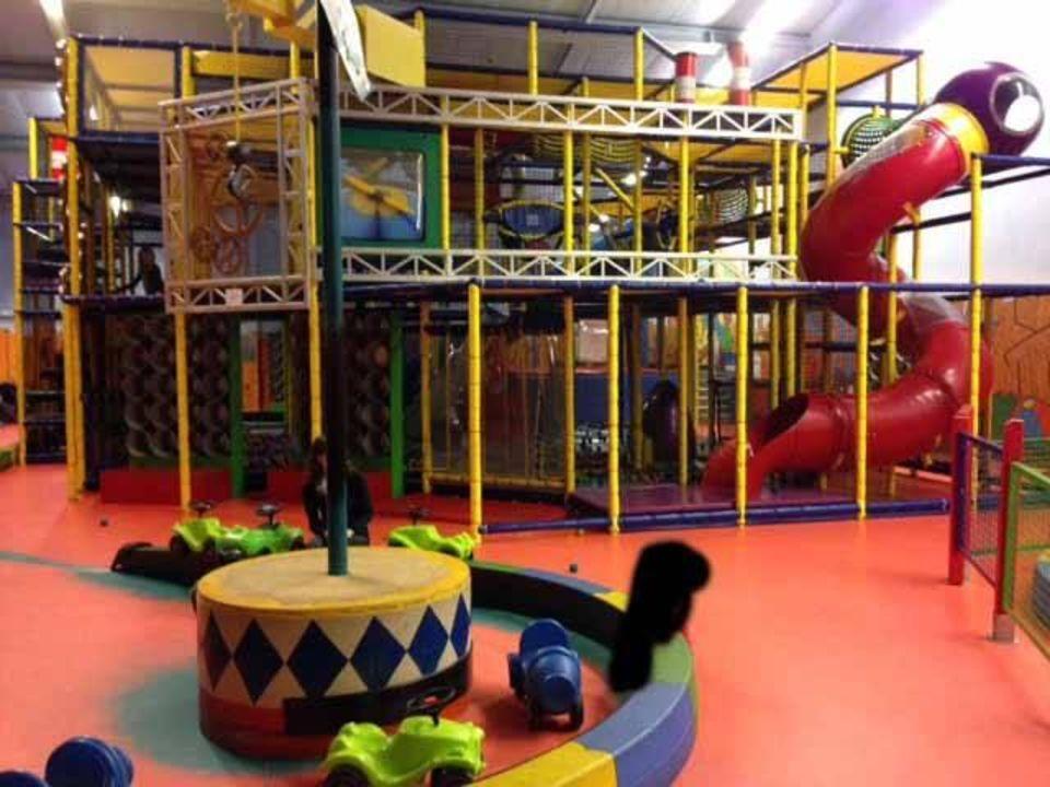 indoorspielplatz center parcs park eifel heilbachsee holidaycheck rheinland pfalz. Black Bedroom Furniture Sets. Home Design Ideas