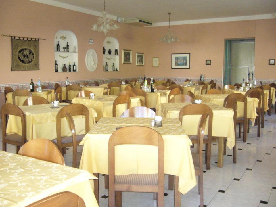 La sala da pranzo\
