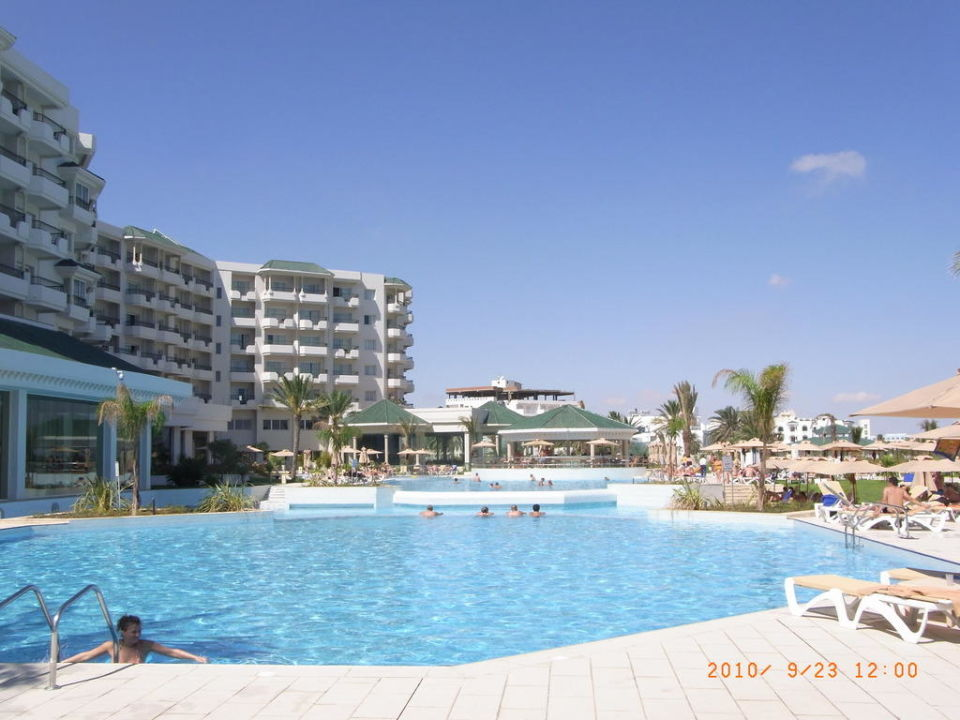 Blick über den Pool Iberostar Royal El Mansour & Thalasso