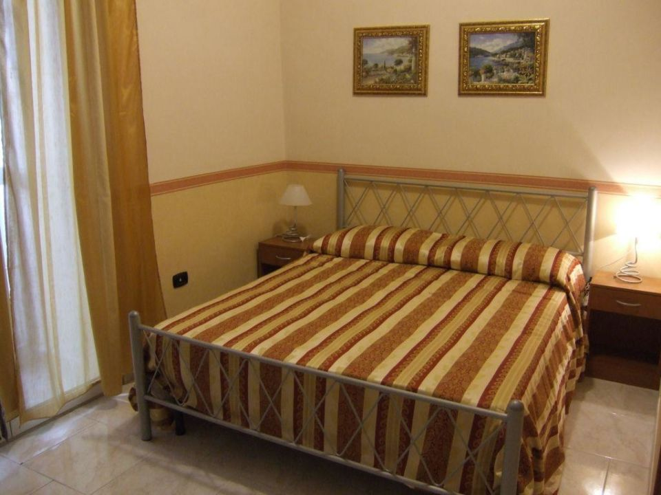 Camere Bed & Breakfast Astra