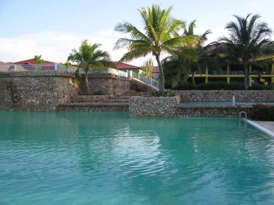 Poollandschaft Memories Holguin Beach Resort