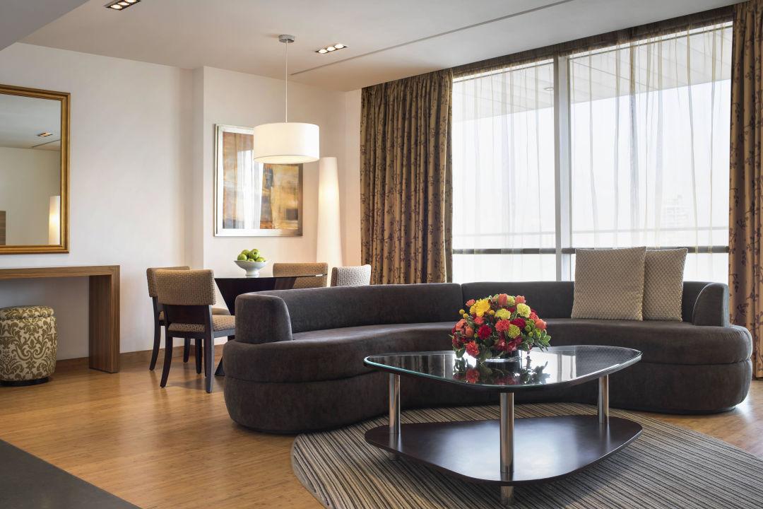 Deluxe Twin Suite - Living Room BurJuman Arjaan by Rotana