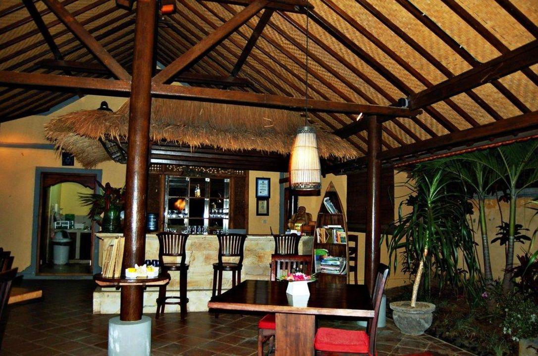 Die Bar im Restaurant Hotel Puri Mangga