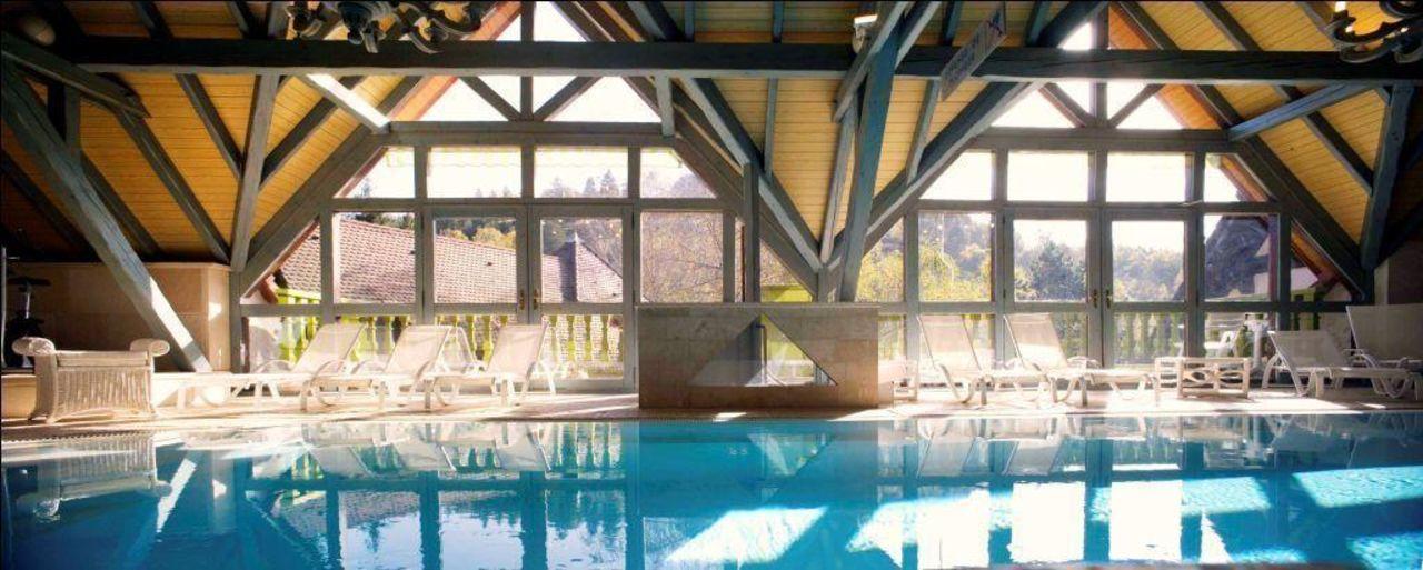 Piscine couverte Hostellerie La Cheneaudière - Relais & Châteaux