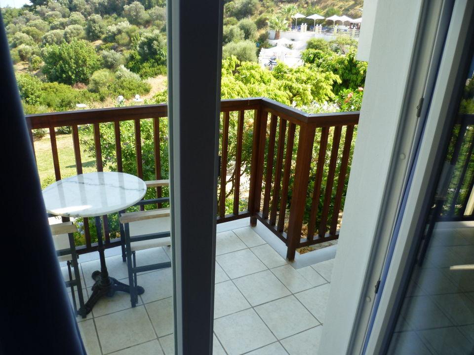 Balkon mit tollem Ausbilick Naftilos Boutique Hotel