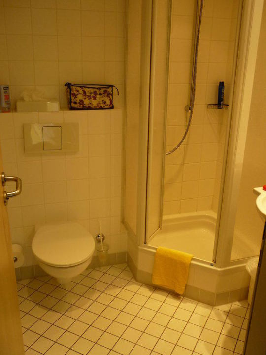 Badezimmer Junges Hotel