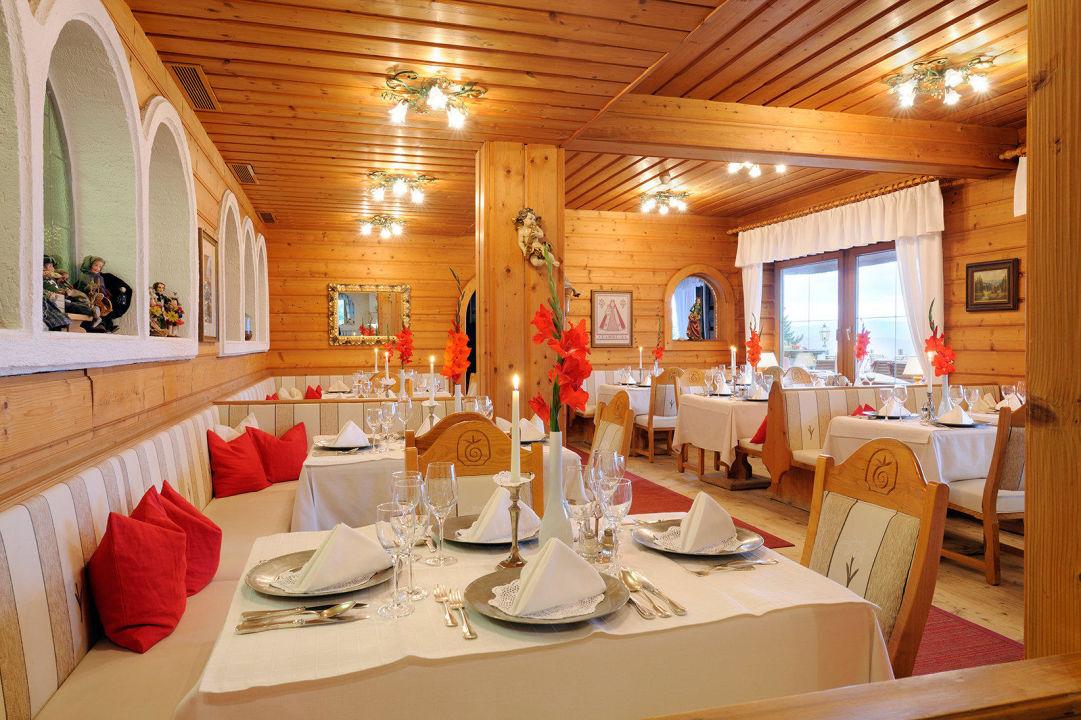 Ess-Stub´n Naturhotel Alpenrose