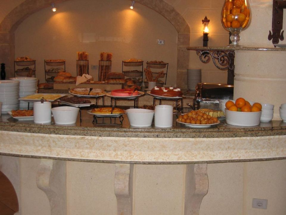 Buffet im Castello Restaurant Dana Beach Resort