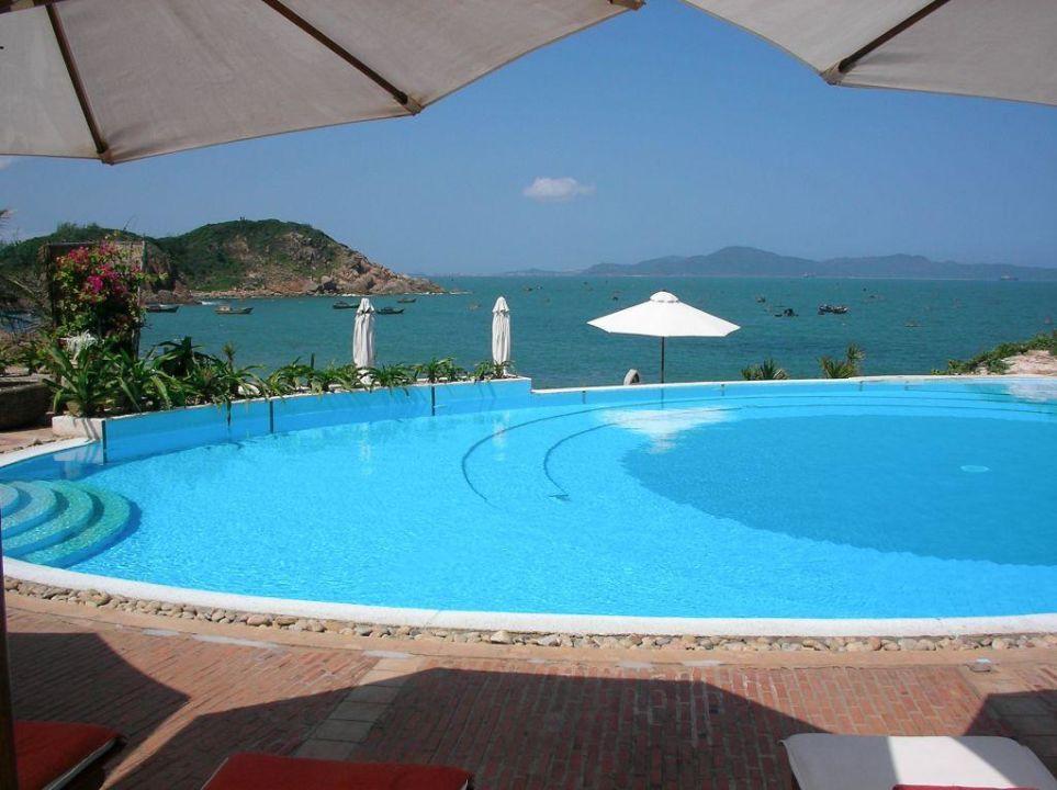 Pool mit Blick AVANI Quy Nhon Resort & Spa