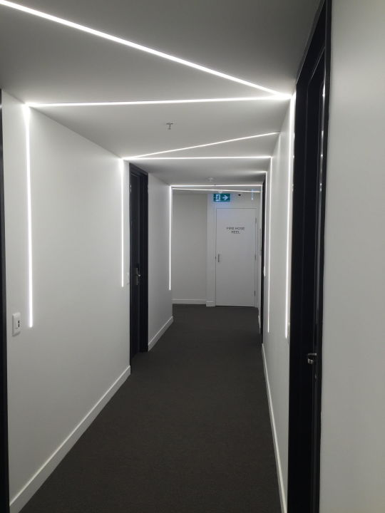 Der Flur 2. Etage, Coole Beleuchtung Jasper Hotel