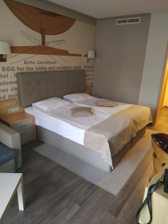 Zimmer Hotel Grand Victoria