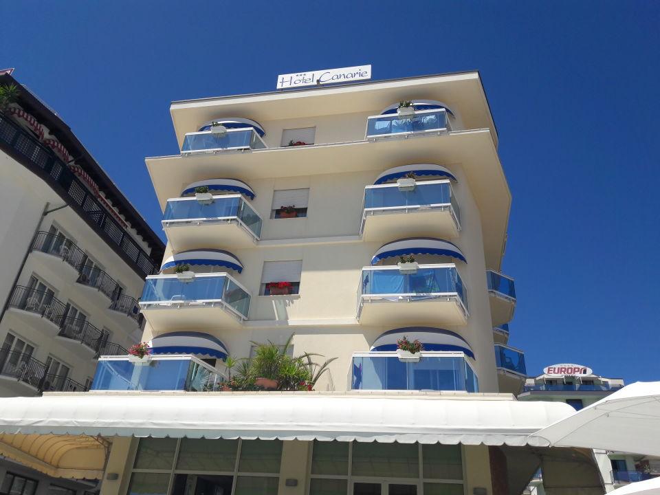 Außenansicht Hotel Canarie