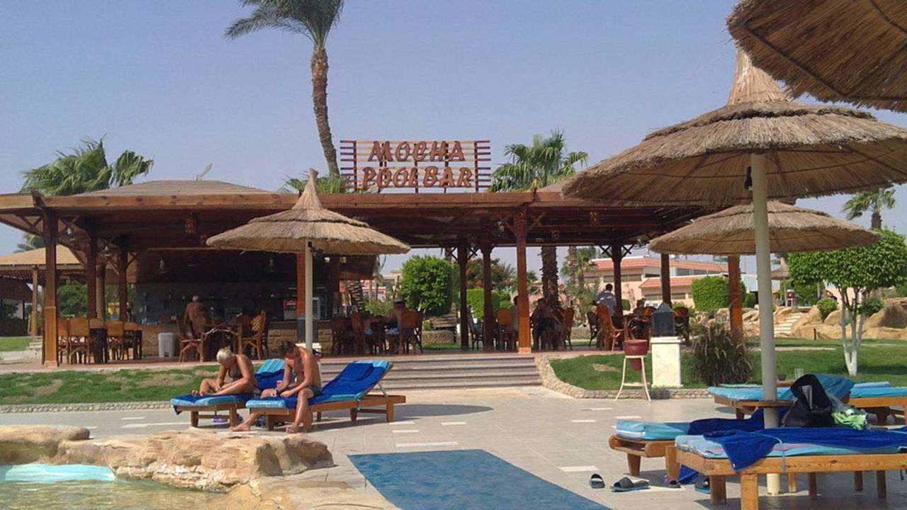 Poolbar Beach Albatros Resort Hurghada