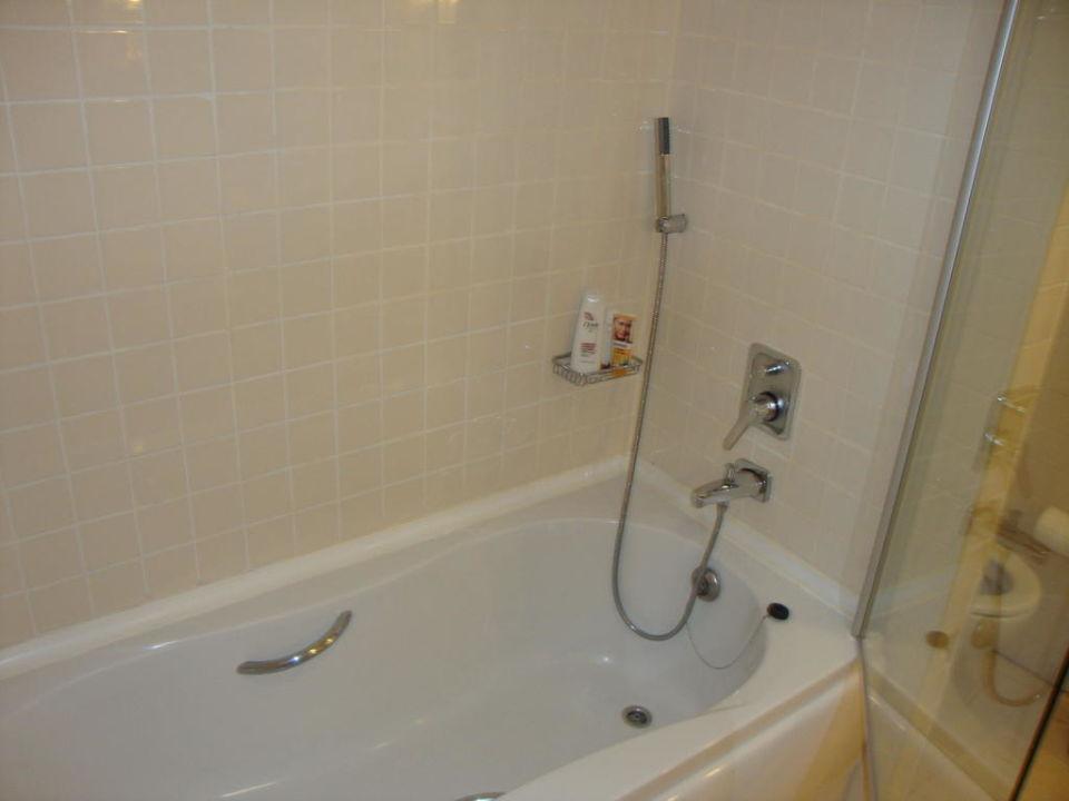 Superior- Badezimmer mit Badewanne Hotel Sisus