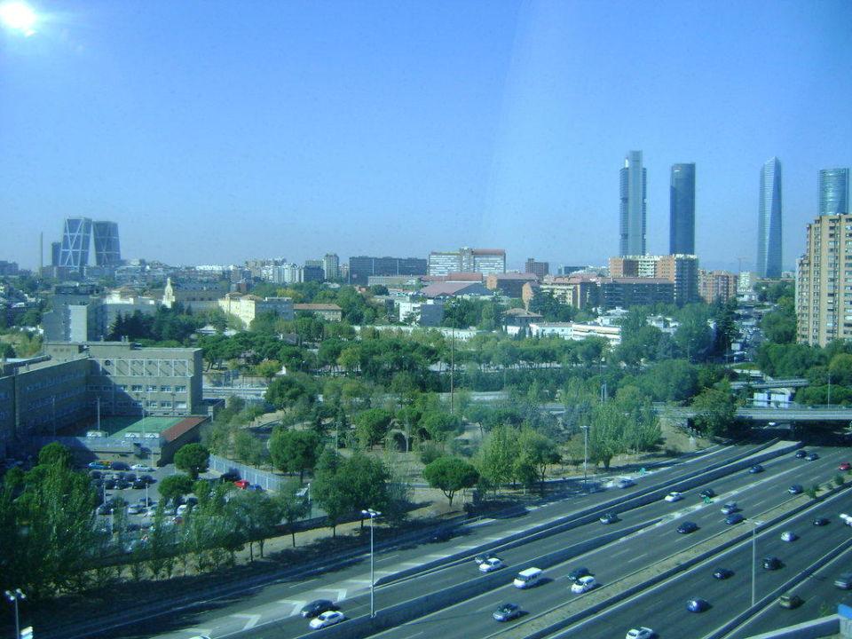 Madrid Skyline vom 9. Stock Hotel Nuevo Madrid
